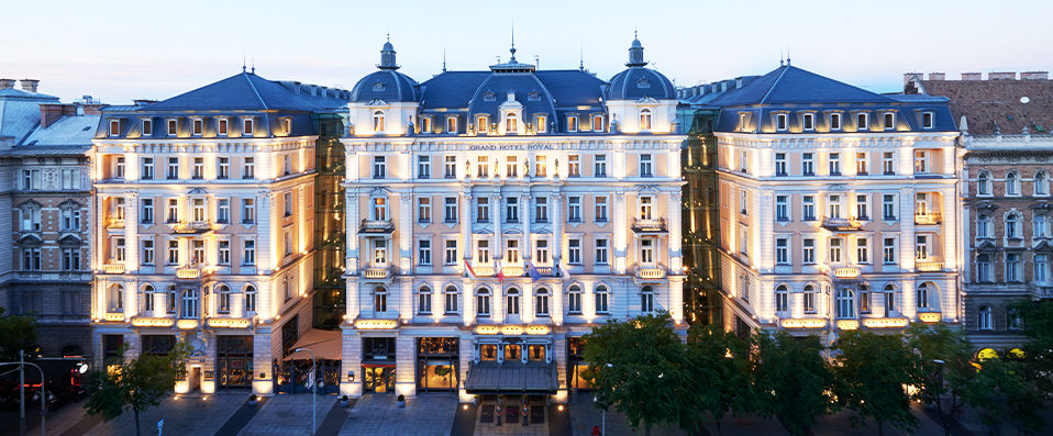 Corinthia hotel budapest budapest verychic for Hotel budapest