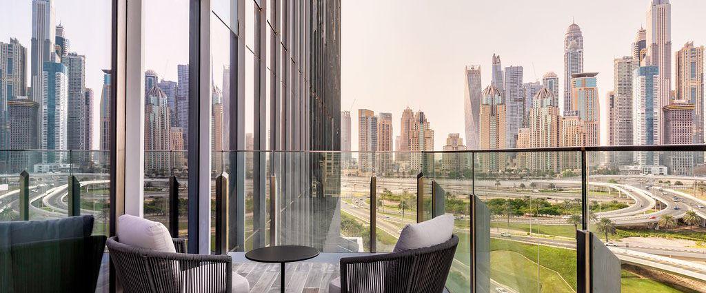 Taj Jumeirah Lake Towers *****