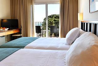 Chambre Double avec balcon et vue mer