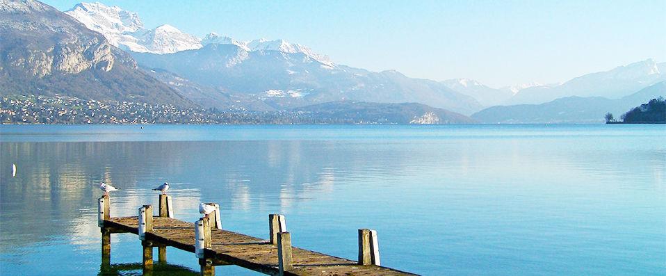 H U00f4tel Les Tr U00e9soms Lake  U0026 Spa Resort  U2605 U2605 U2605 U2605  Annecy - Verychic