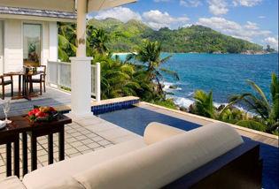 Villa avec piscine vue panoramique sur la baie