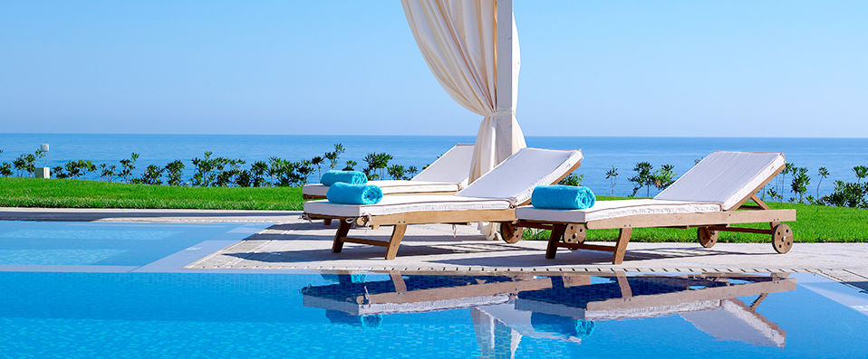 The Royal Blue, a Luxury Beach Resort ***** - Crète -